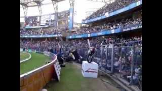 Mexican wave at Wankhede Stadium