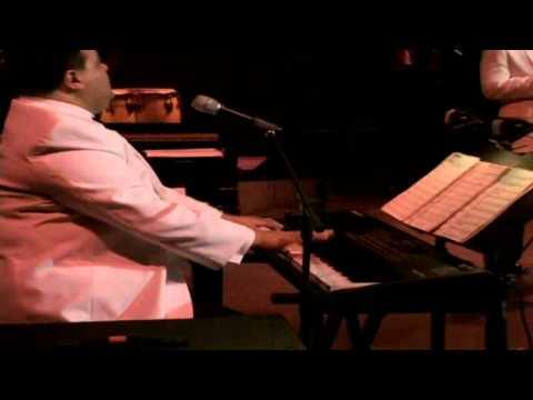 http://www.youtube.com/user/canalsalsero?feature=mhum Richie Ray y Bobby Sonido Bestial. Concierto realizado en el Centro De Bellas Artes Luis A. Ferre Santurce (Puerto Rico) con motivo del...