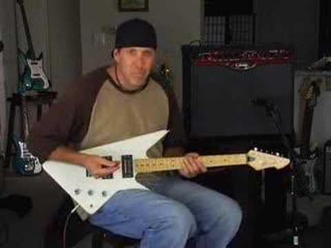 Compare guitars Peavey Razer guitar Line 6 spider amp review
