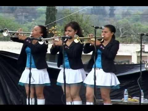 Parte 4 De 7 - Jaripeo De Gomez Farias Michoacan 2010 - Presentacion Banda Las Poderosas