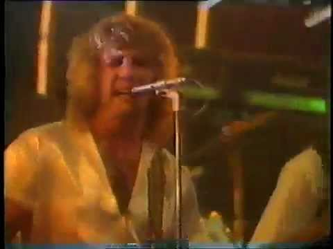 Status Quo - She Don't Fool Me