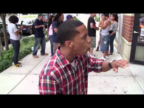 caught last bit of Unsigned rapper Hooks spitting a freestyle in the bx