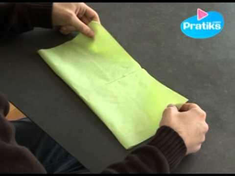 comment faire un porte couvert avec une serviette en papier youtube. Black Bedroom Furniture Sets. Home Design Ideas