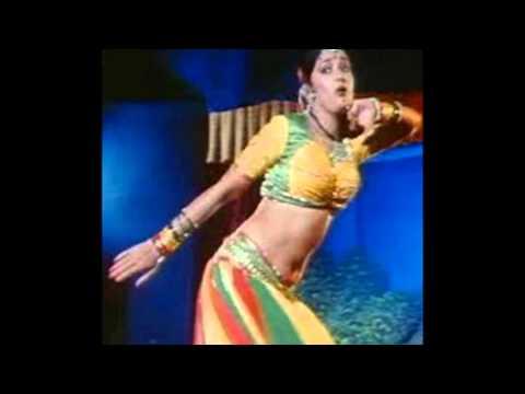 Madhuri Dixit Deep Navel Show video