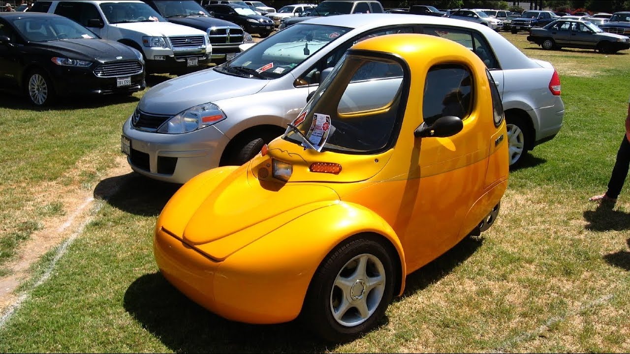 Reverse Trike Or Three Wheel Car It S Electric One