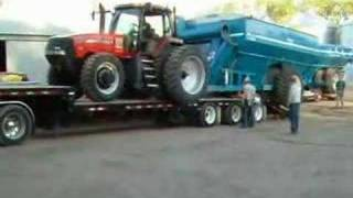 Lefebure.com - Harvest 2004 - Loading Up, MX240 and cart