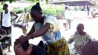 Ceremonia de Ŝango en Oyo Nigeria