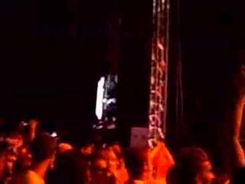 Akon - Gun Shot