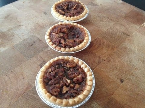 Mini Maple Pecan Pies Recipe (Maple Pecan Tarts) - Quick Easter ...