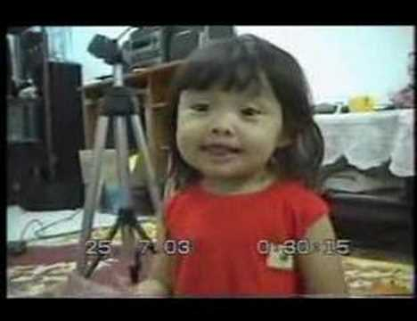 cute korean girl singing