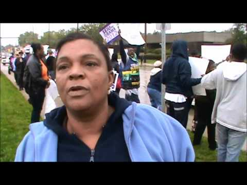 Original Obamaphone Lady: Obama Voter Says Vote for Obama because he gives a free Phone
