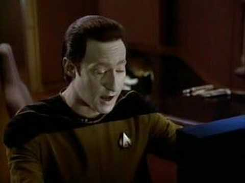 Star Trek TNG - Data talking to himself