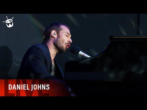 Daniel Johns covers 'Smells Like Teen Spirit' at triple j's Beat The Drum