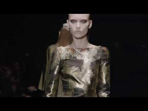 Gucci Women's Fall/Winter 2013-14 Runway Show