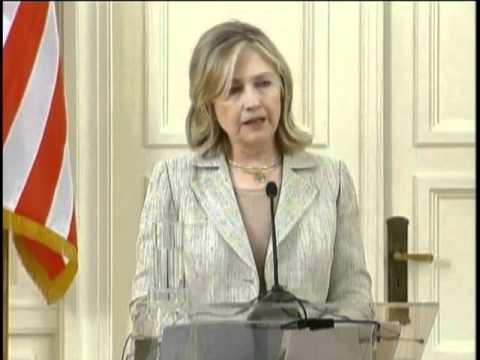 Secretary Clinton Holds Press Conference With Greek FM Lambrinidis