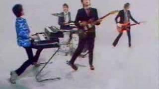 Watch Elvis Costello Pump It Up video