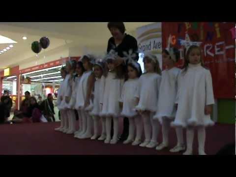 dansul fulgilor de nea concurs do-re-mi 23.11.2012