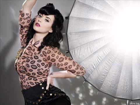 Katy Perry - Look Don´t Touch (lyrics) video