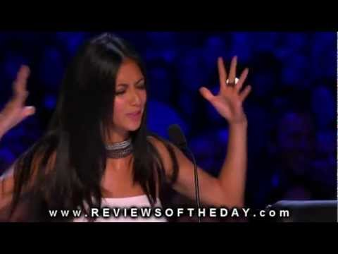 http://reviewsoftheday.com/2011/11/11/simon-cowell-flips-off-x-factor-host-steve-jones Did Simon flip of the Host Steve jones? Click the link above and let u...