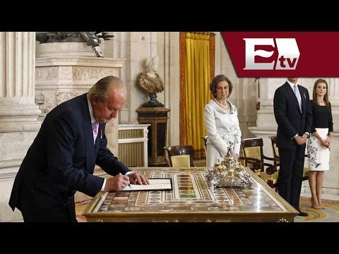 Juan Carlos firma su abdicación como rey de España Global