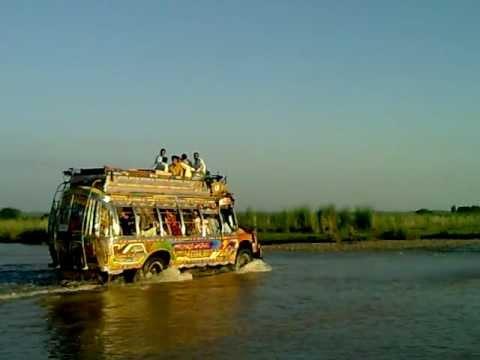Pothwari bus on Rohtas Road