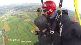LOULAH GOES SKYDIVING - LOULAH