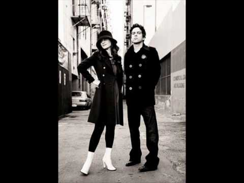 She & Him - I Can Hear Music