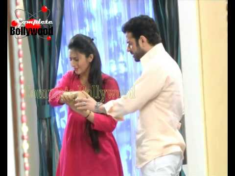 On location of TV Serial Yeh Hai Mohabbatein Raman turns doctor...