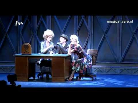 Annie De Musical- Pak De Poen video