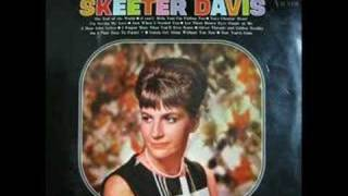 Watch Skeeter Davis Am I That Easy To Forget video