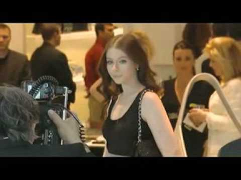 Trachtenberg France - Michelle Trachtenberg at Chanel Boutique Opening