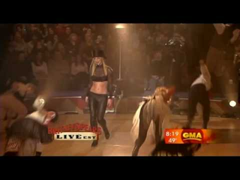 Britney Spears - Circus | Live On Good Morning America 2008 [High Quality]