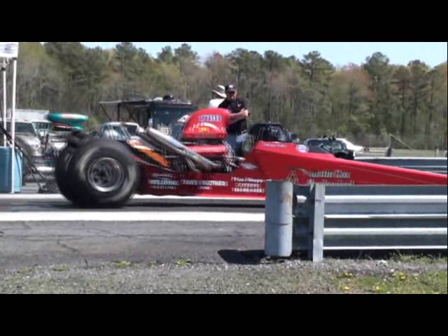 Dragstrip US 13 Delaware 4-11-10.wmv