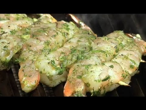How to Grill Garlic & Herb Shrimp : Grilled Shrimp Recipes - YouTube