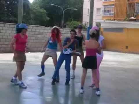 niños Bailando el Chiki Chiki