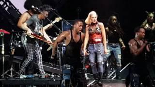 download lagu Gwen Stefani - Hella Good - Live In Tampa gratis
