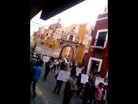 Marcha en Atlixco por los desaparecidos de Ayotzinapan