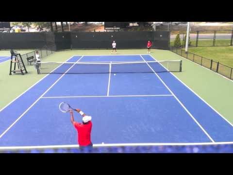 Leander Paes & Daniel Nestor practicing
