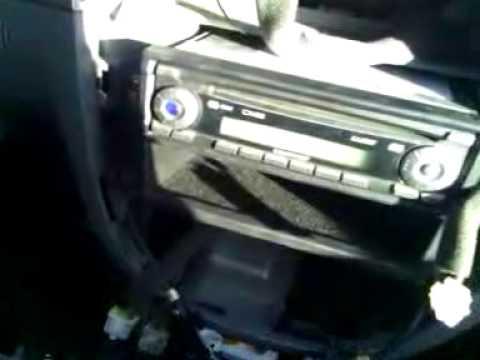 Видео как снять магнитолу с Шевроле Лачетти