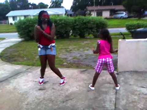 Tootse Roll lol Video