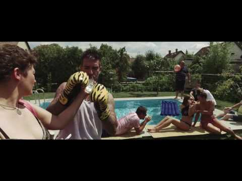 Polgár Peti - Vidéki Snapszom (Offigpiál Video)