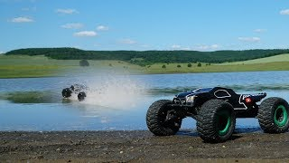 THIS IS IMPOSSIBLE! Insane Hydroplane! Seriously CRAZY! Traxxas Hpi  rc car.  RC Hydroplaning