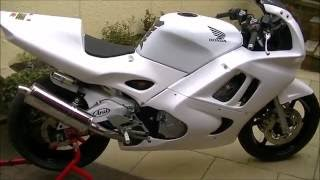 Honda CBR 600 Trackbike Build - Finished