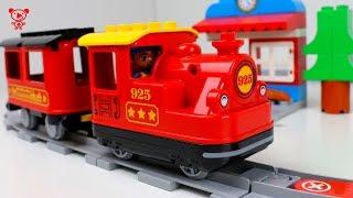 Lego Duplo Stoomtrein 10874 - Speelgoed Treinen voor kinderen video - Lego duplo-trein