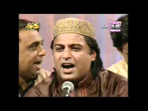 Sadqa Teri Chaukhat Ka..qawwali Zaman Zaki Taji video
