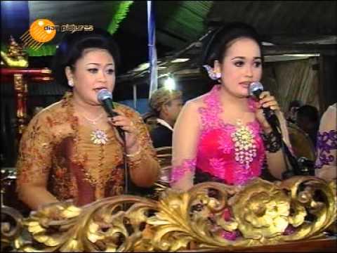Nglaras Mat Matan Karawitan Jawa Cinde Laras Vokal - Intan  - Wulan -  Wiwin video