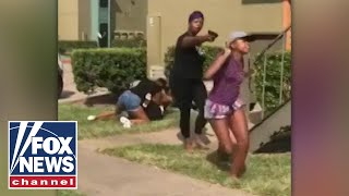 Texas mom pulls gun on teens during daughter's fight
