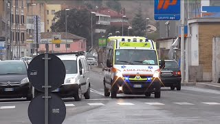 (Wail-Yelp) 2X Ambulanza in Emergenza / 2X Italian Ambulance in Emergency