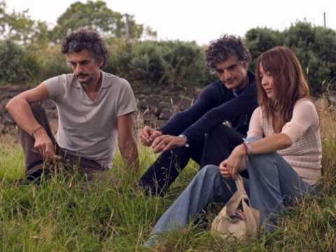 Blonde Redhead - Here Sometimes