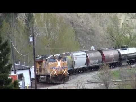 VIdeo 1,900!!!!! My First Union Pacific Train!!!! UP Mixed Train @ Ft. Steel BC ES44AC 5500 Leading